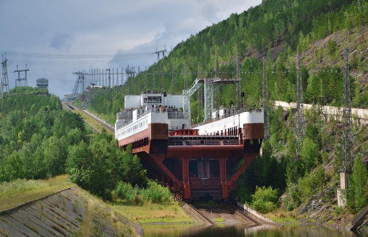 Самые необычные лифты для кораблей: Топ-10
