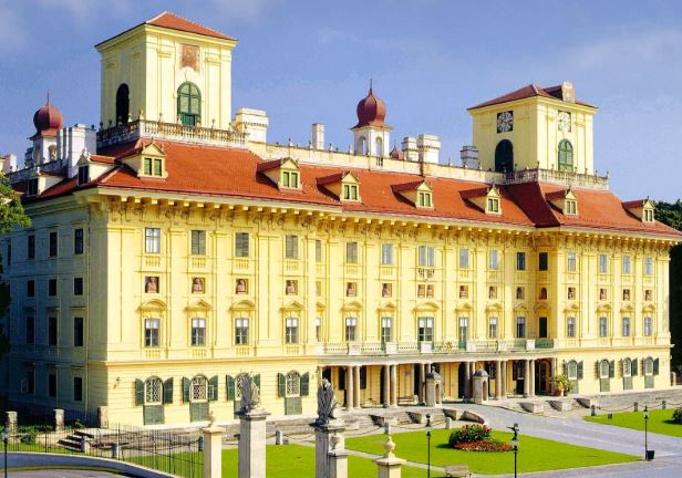12 лучших городов для посещения в Австрии